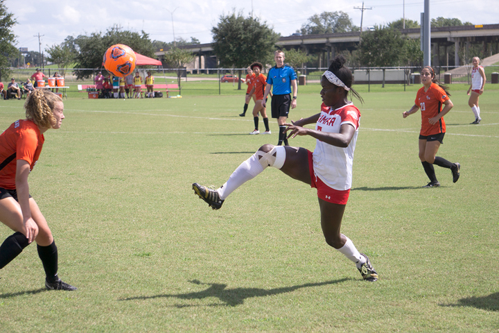 Lady Cards rout Bearkats, 5-0