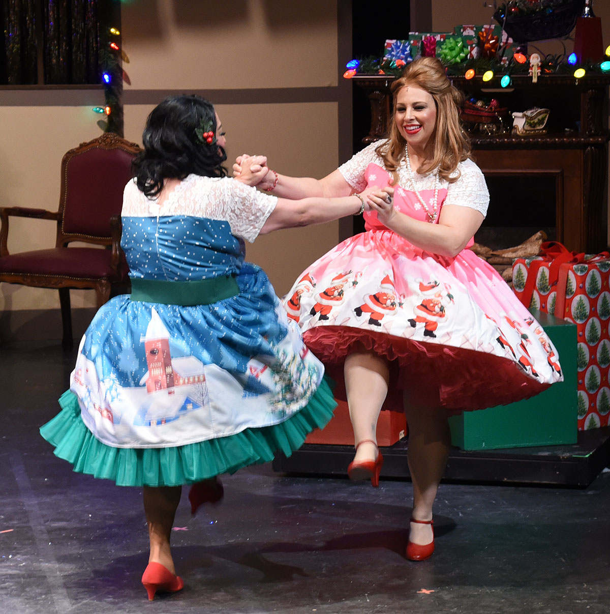 Review: 'Winter Wonderettes' dash into holidays with songs, dance