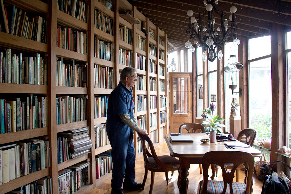 David Cargill looks out of the window of the library in his his Beaumont home. UP photos by Sierra Kondos