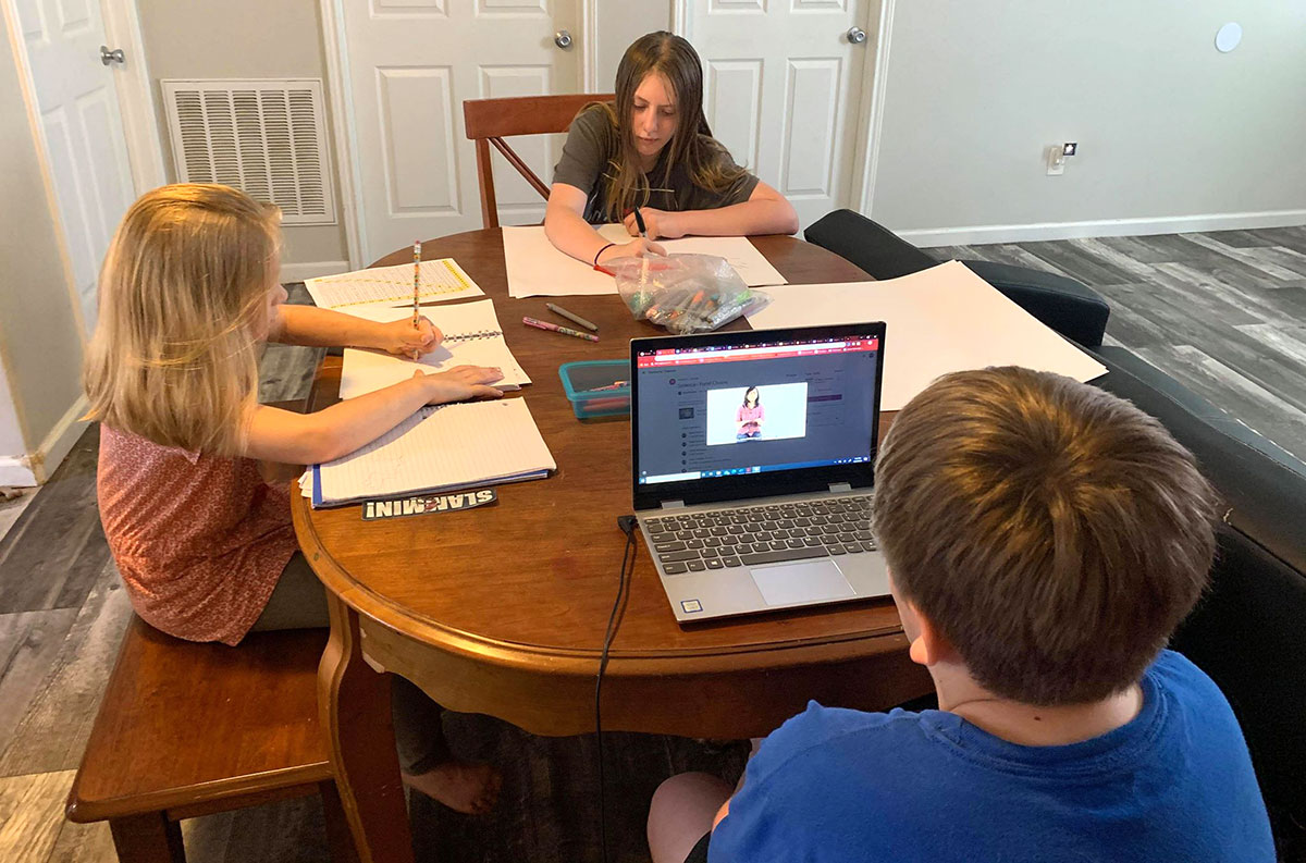 LU parents transition to online classes while homeschooling kids